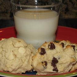 Raspberry Chocolate Cookies momofthreekids