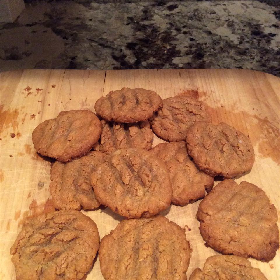 Three Ingredient Peanut Butter Cookies Darian Dick