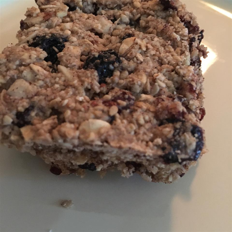 Blueberry-Almond Energy Bars Gina
