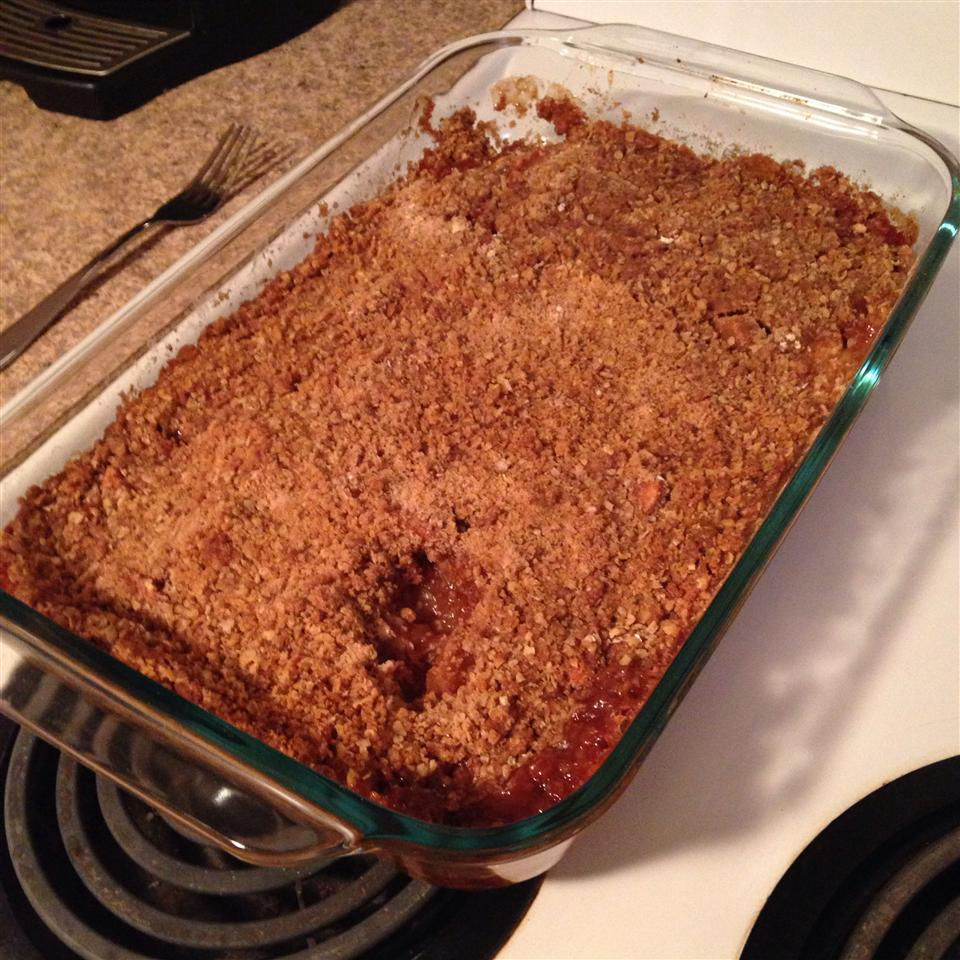Apple Crisp with Oat Topping jamie h