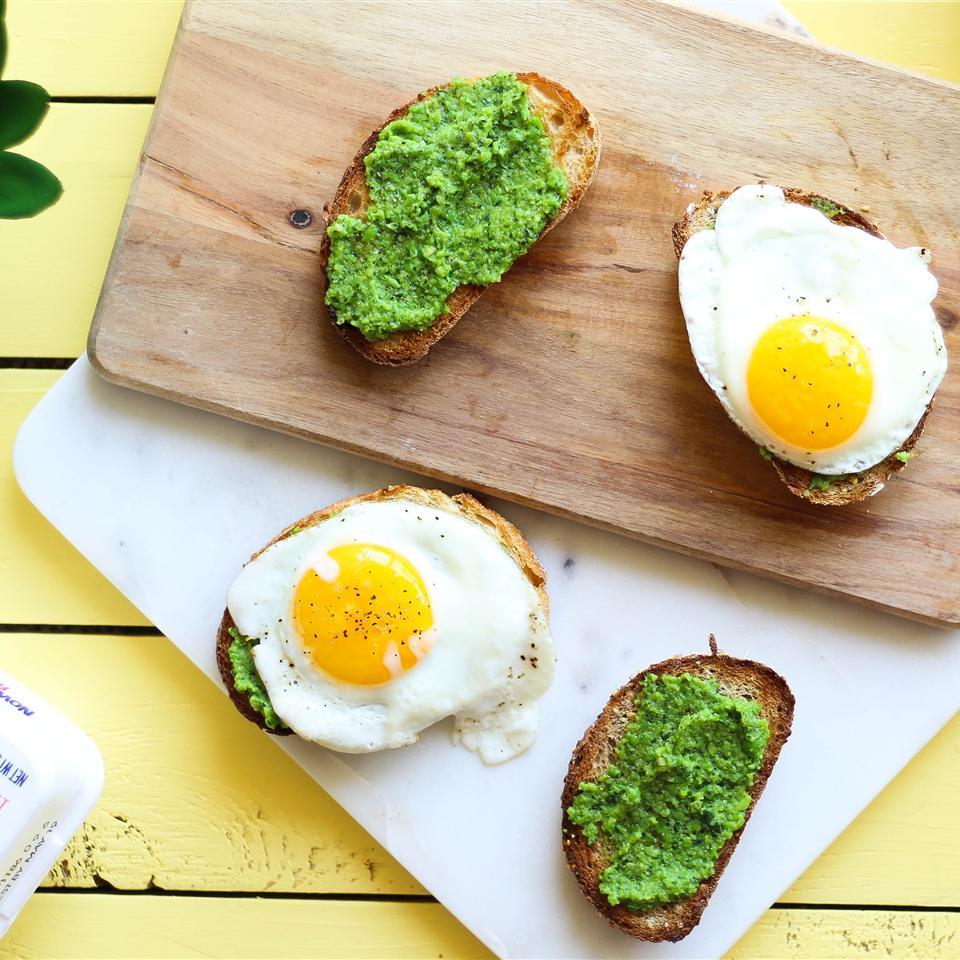 Pea Pesto Open-Faced Sandwiches