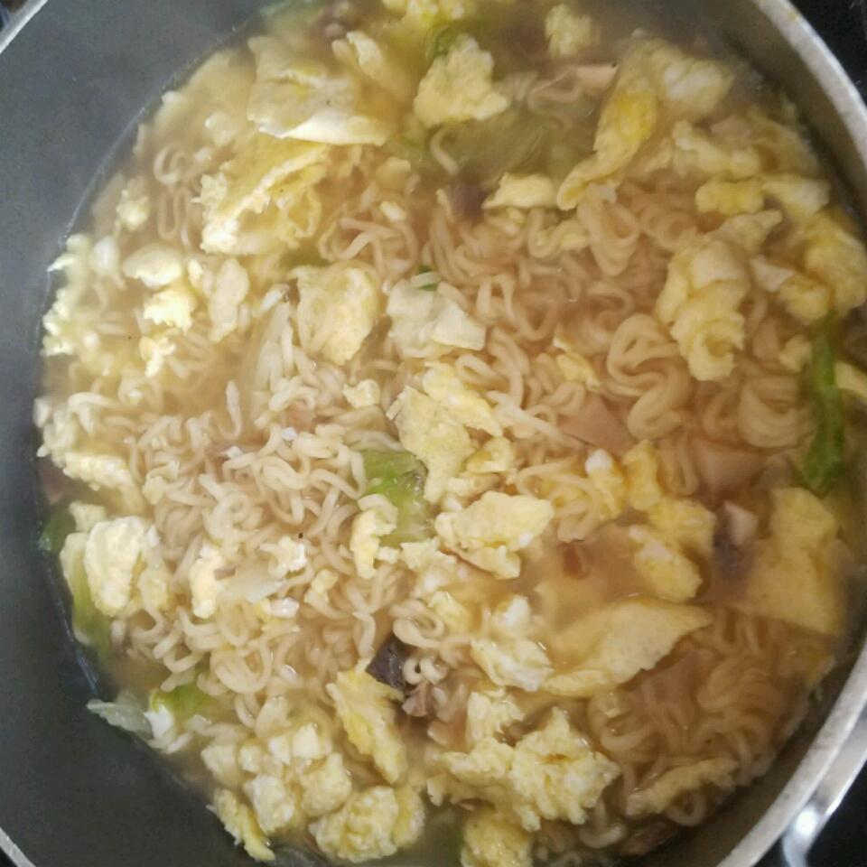 Low-Cholesterol Egg Drop Noodle Soup StefBani