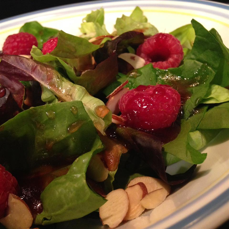 Pati's Spinach and Boysenberry Salad PatiO