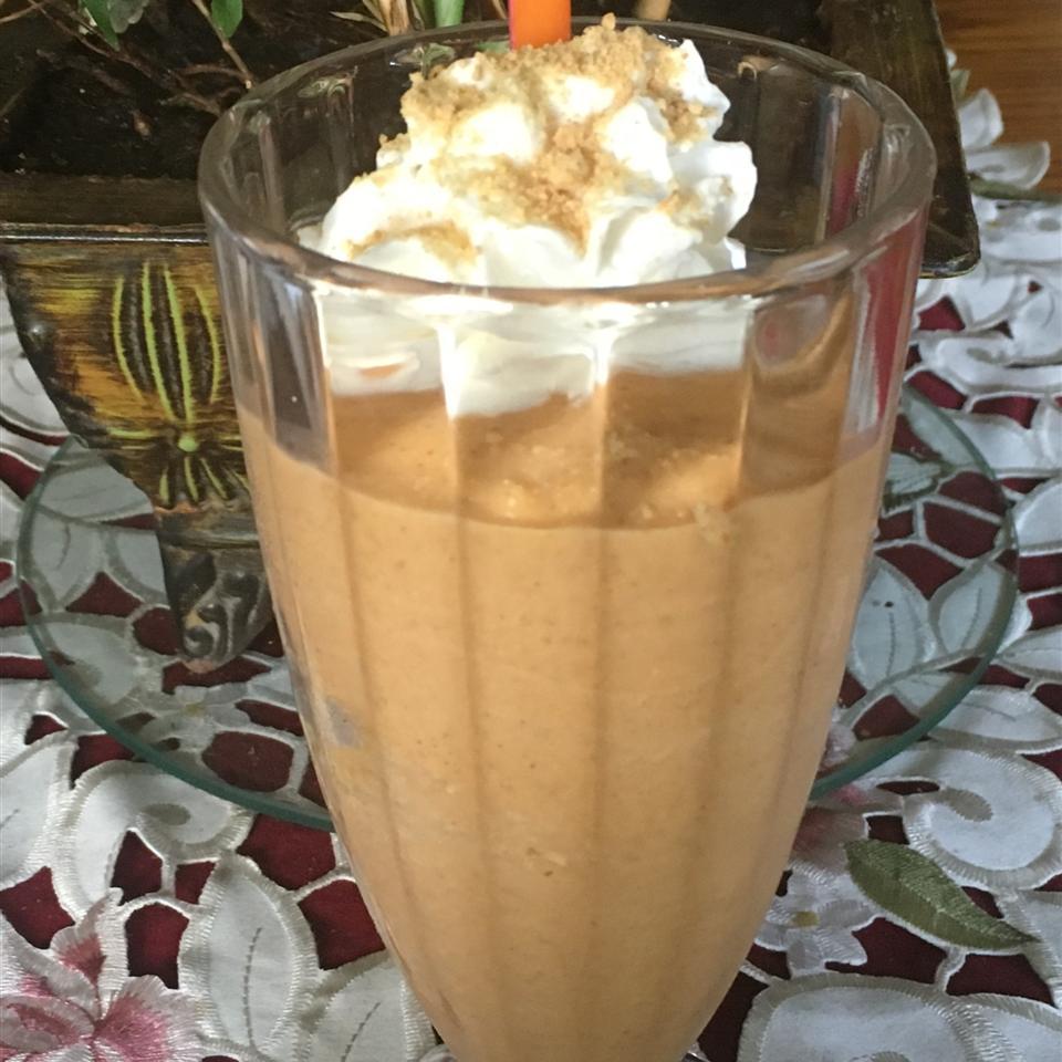 Creamy Pumpkin Pie Smoothie Shake