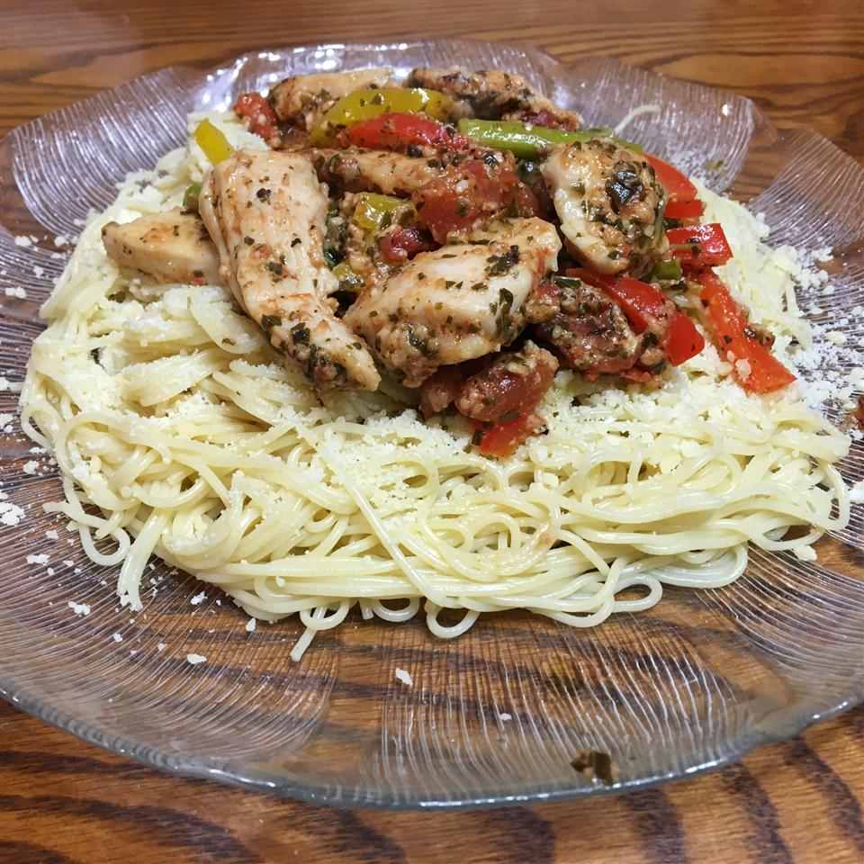 Colorful Chicken Pesto with Asparagus, Sun Dried Tomatoes and Peppers PBM