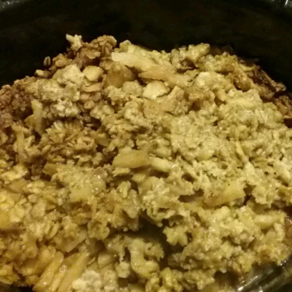 Apple Breakfast (Easy Slow Cooker Oatmeal) amworks