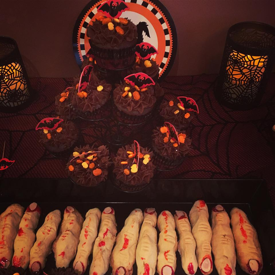 Spooky Witches' Fingers