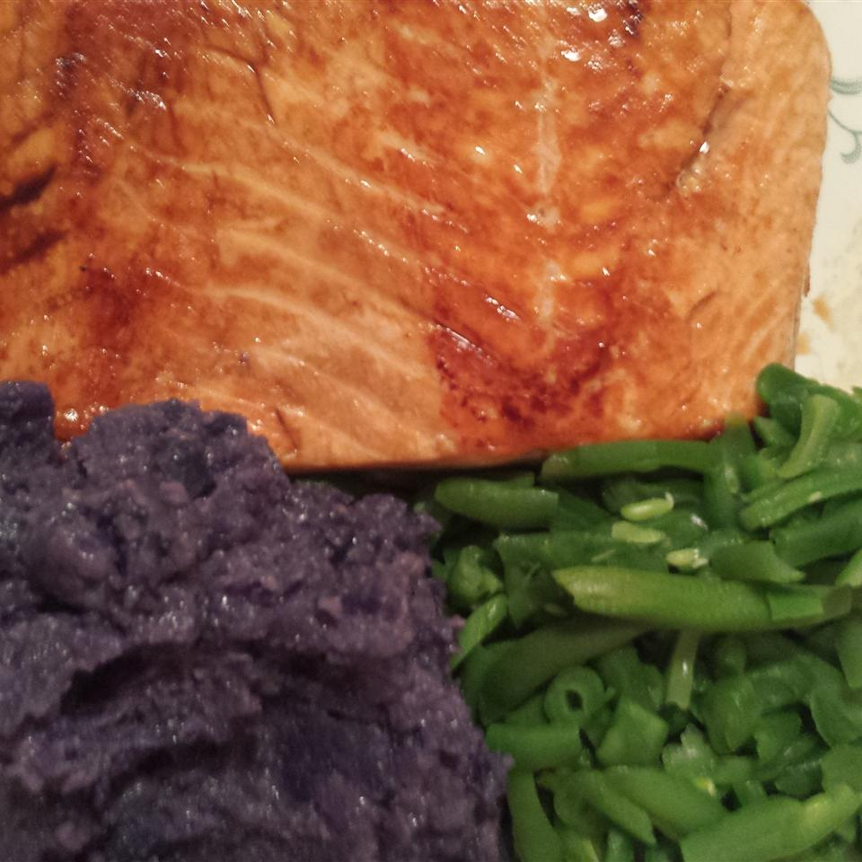 Carrie's Salmon with Purple Pureed Potatoes and French Green Beans Liz Dalton 'Lizzie'