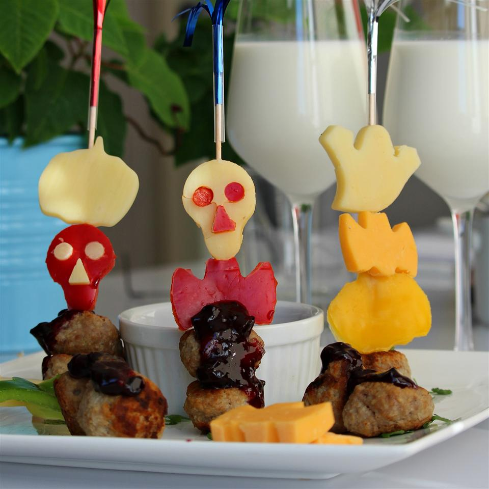BBQ Meatballs with Pepper and Cheese Animal Cut-Outs Buckwheat Queen
