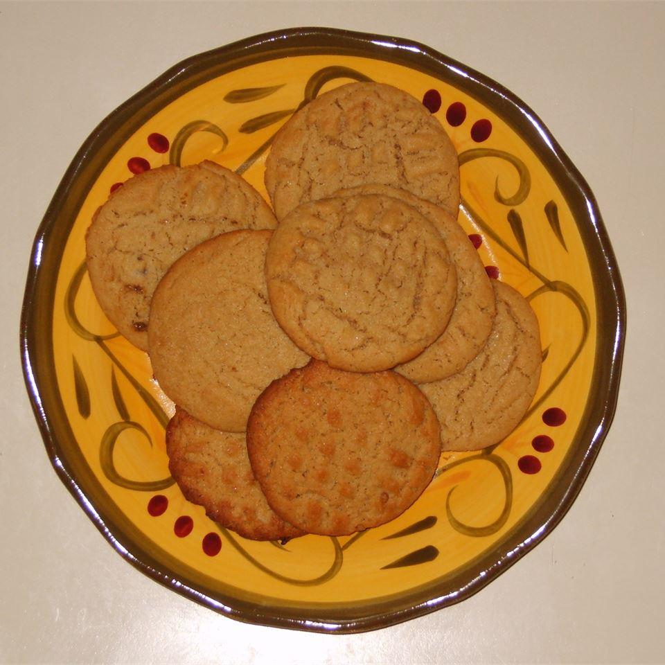 Dad's Favorite Peanut Butter Cookies Amanda M.