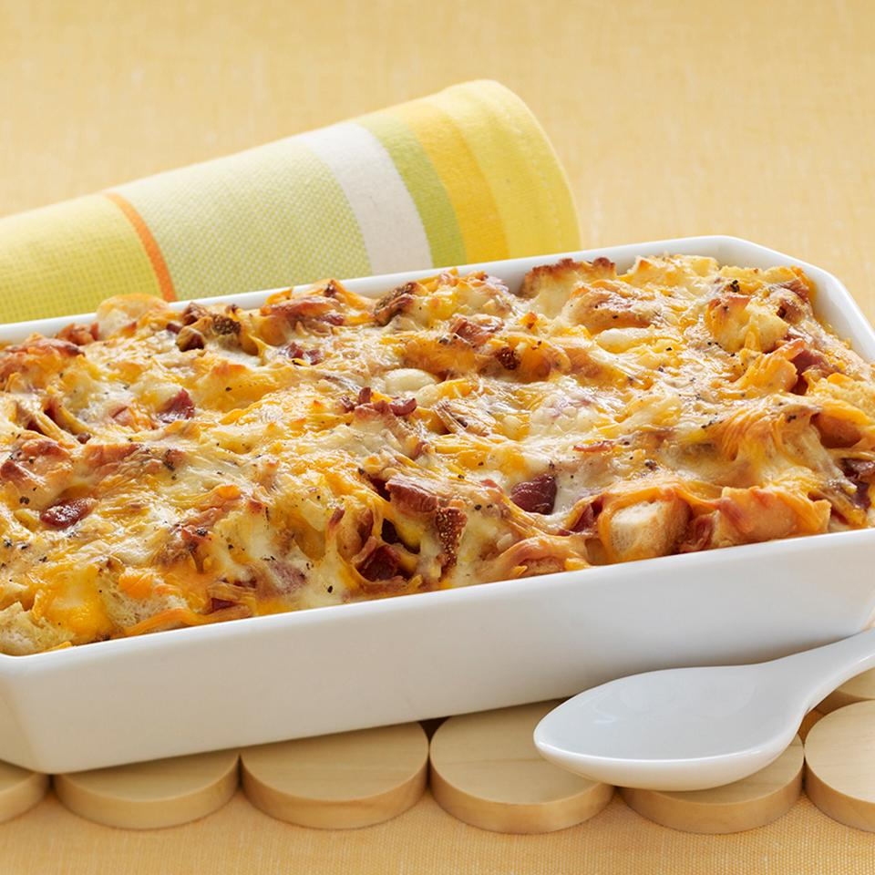 Cheesy Bacon and Egg Brunch Casserole