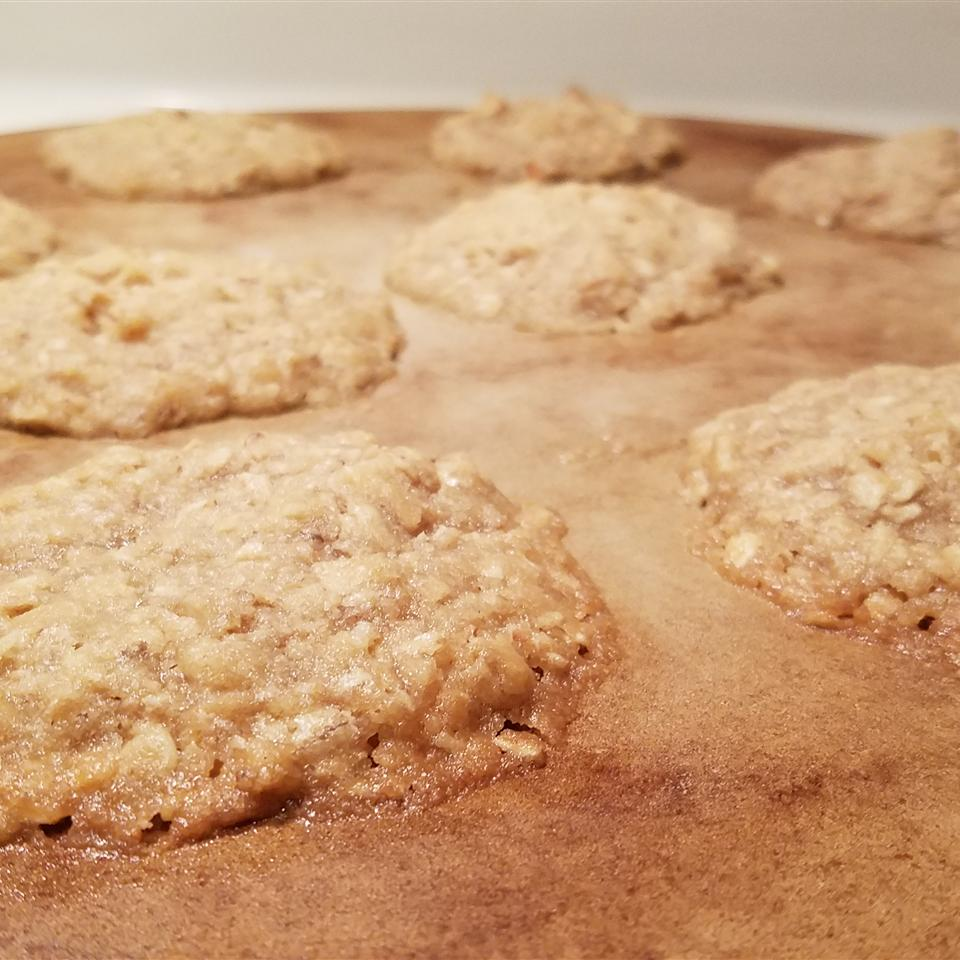 Aunt Gail's Oatmeal Lace Cookies Monica Carnall Eason
