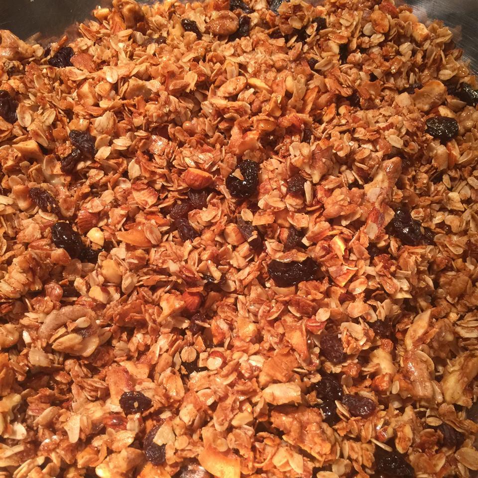 Honey-Sweetened Granola KINGDOMBELIEVER