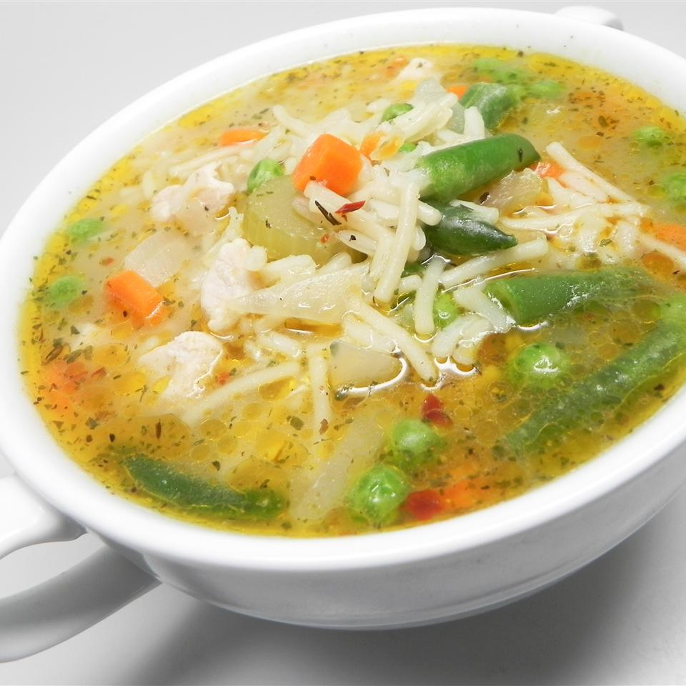 Becky's Gluten-Free Slow Cooker Chicken Vegetable Soup