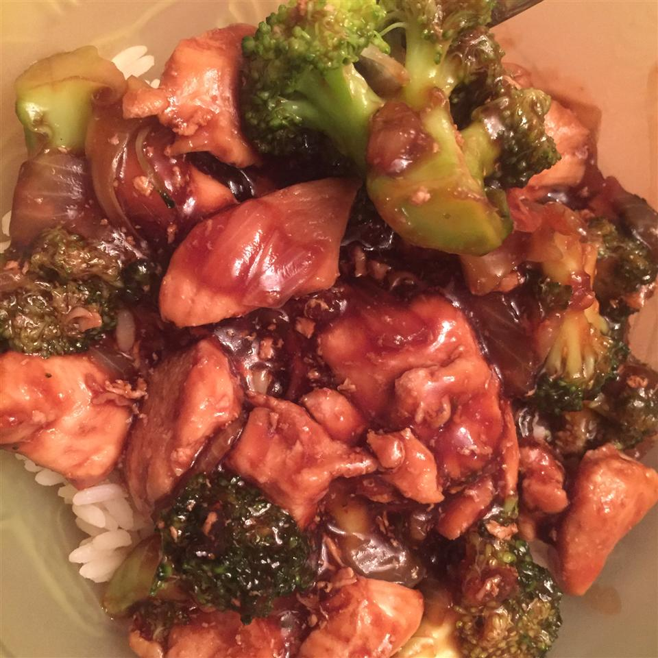 Broccoli and Chicken Stir-Fry