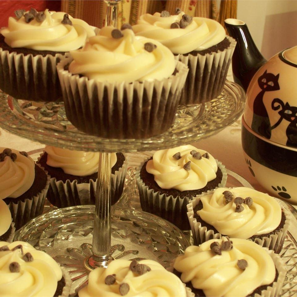 Easy Black Bottom Cupcakes
