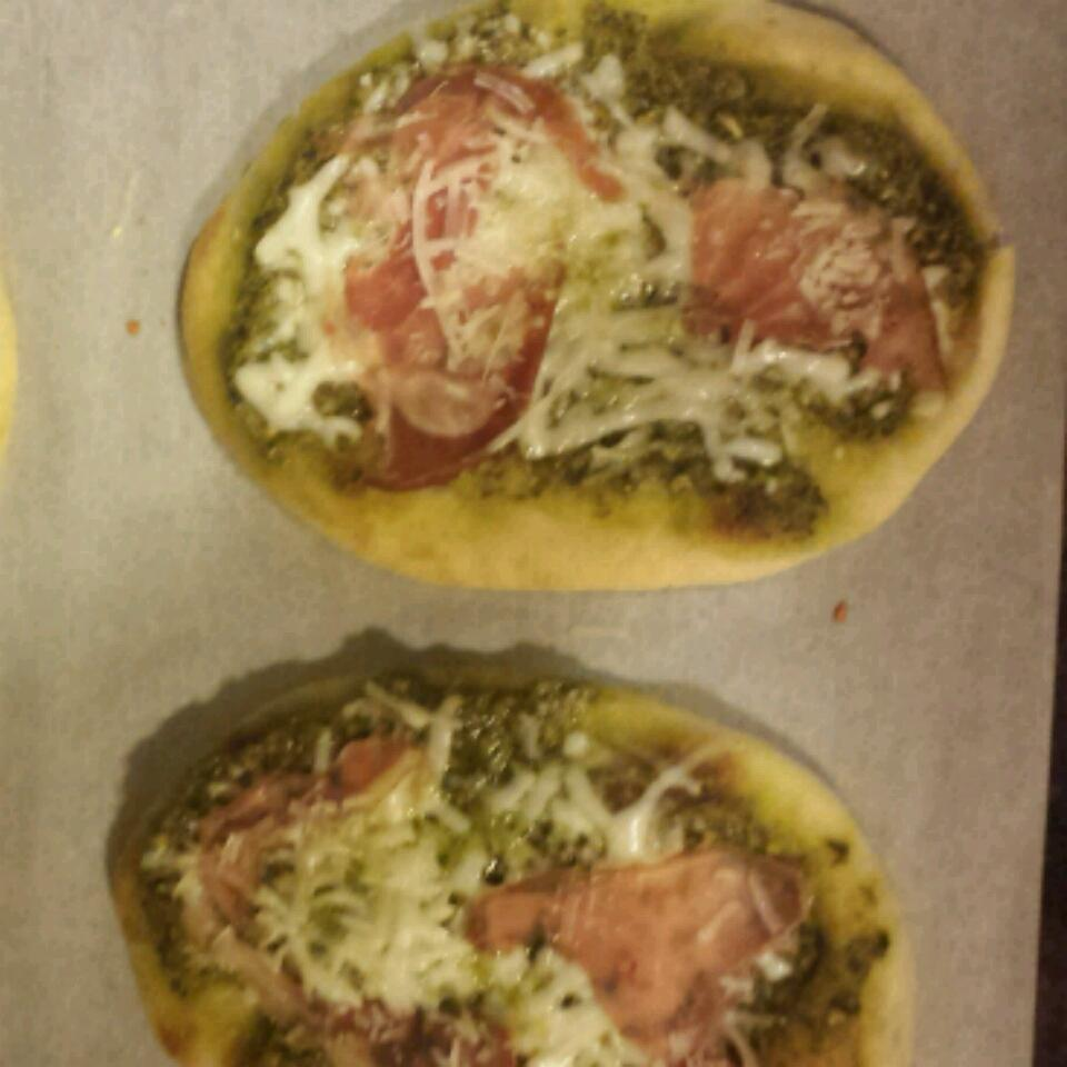 Italian Pesto Pizza Cassie Terry-Kendall