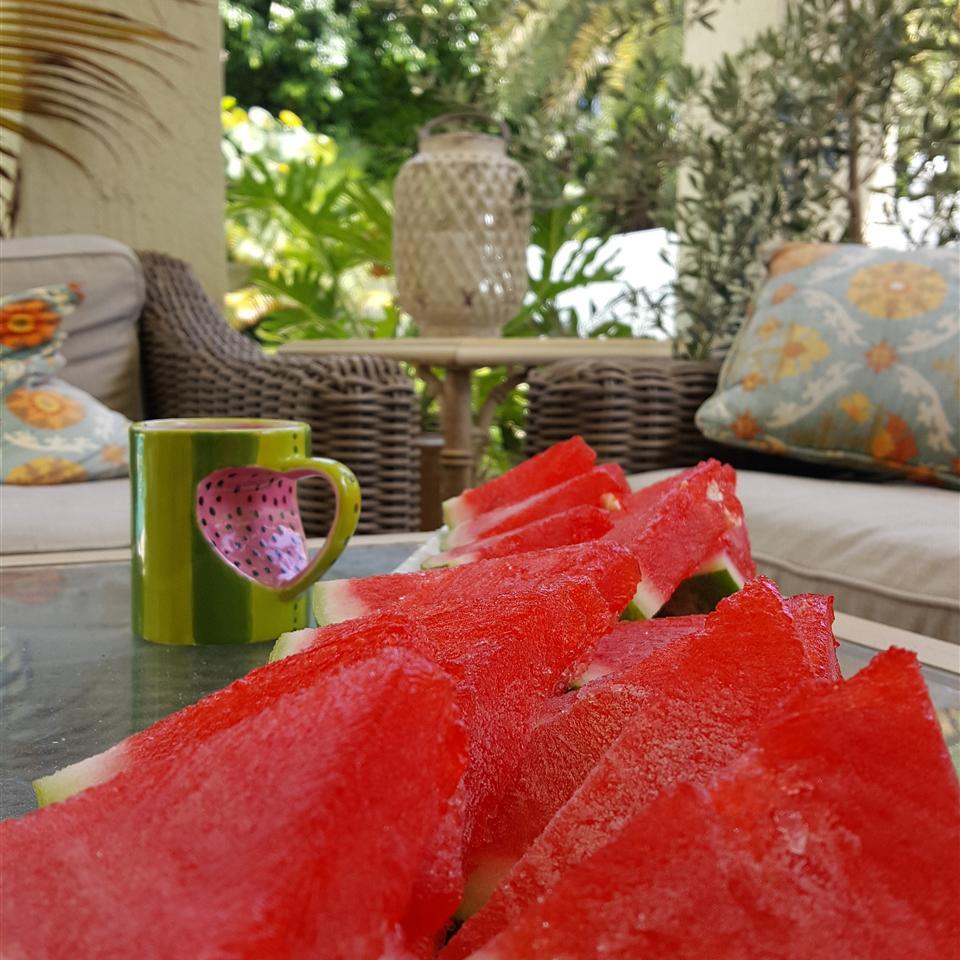 Sliced Watermelon Jell-O® Shots petridish