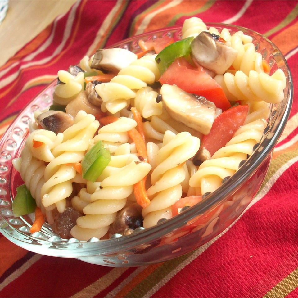 Italian Pasta Veggie Salad CookinBug