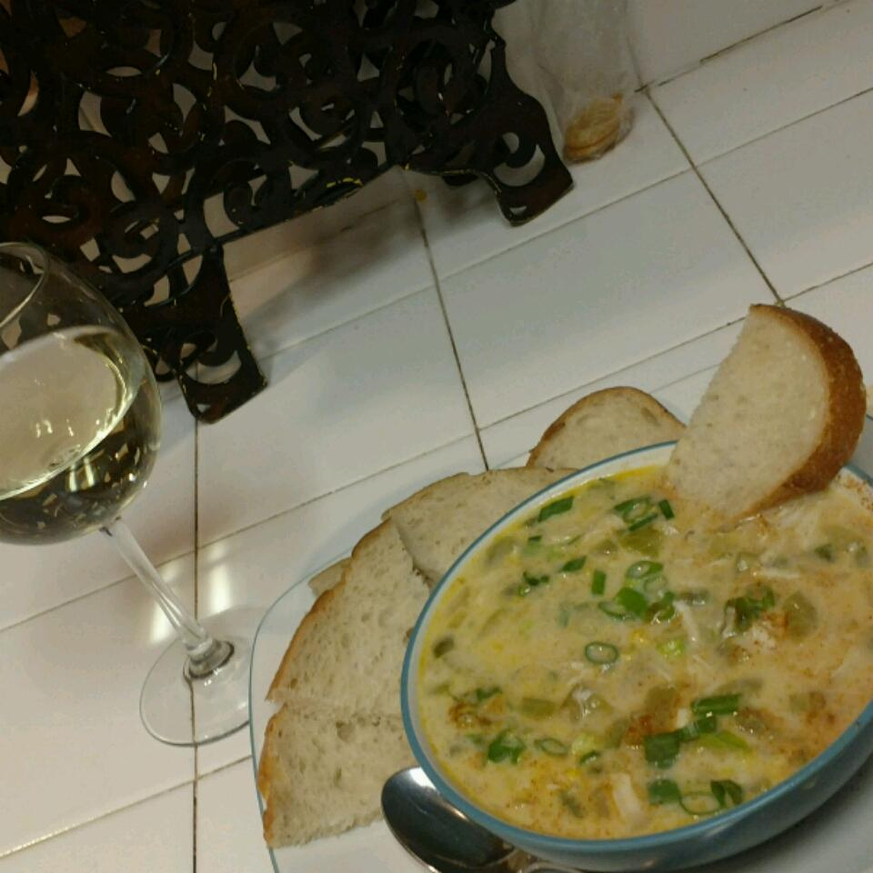 Creole Crab and Corn Chowder Anita M. Park