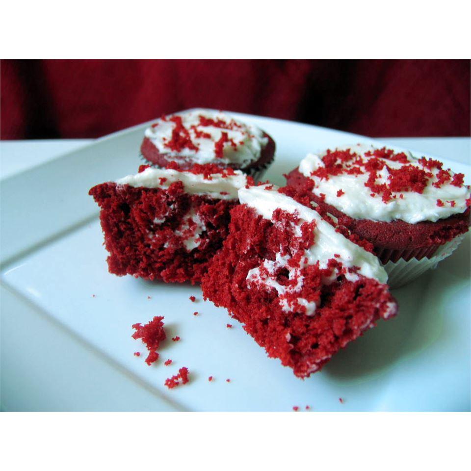Moist Red Velvet Cupcakes