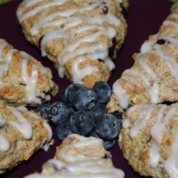 Blueberry Oatmeal Scones footballgrl16