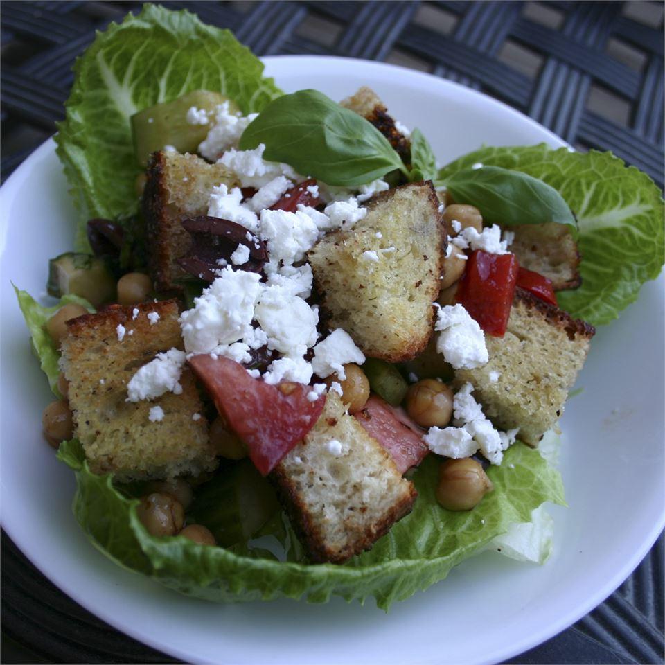 Italian Panzanella Bread Salad josephinecooks