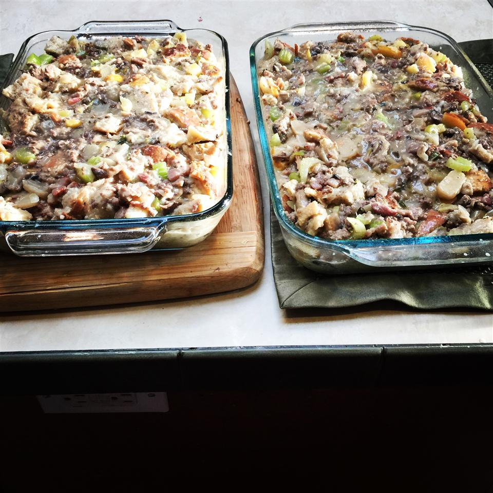Apple, Sausage, Bacon, and Mushroom Stuffing