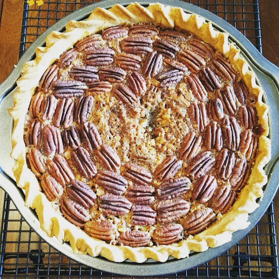 Irresistible Pecan Pie