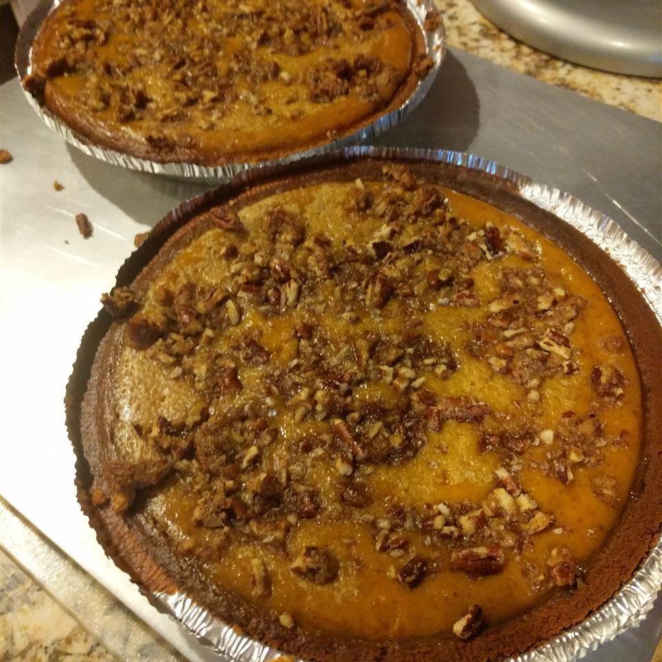 Pecan Pumpkin Pie I Harlee Pratt