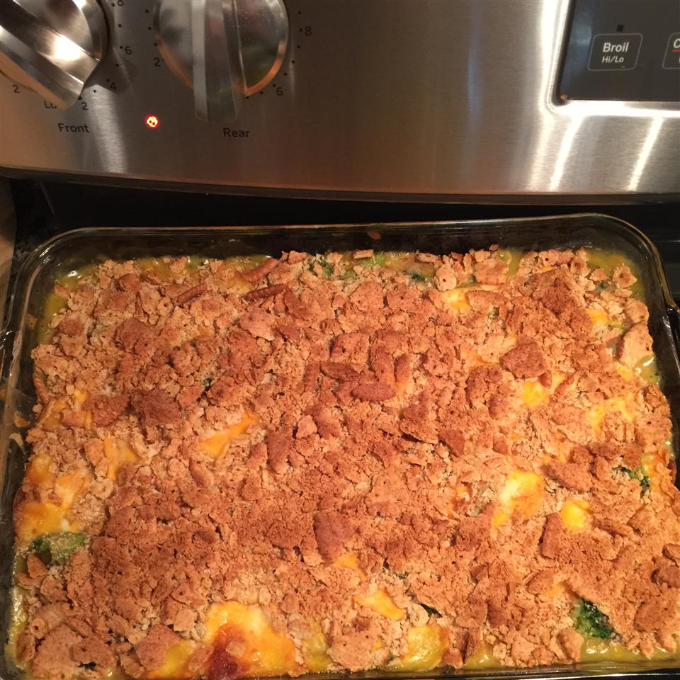 Thanksgiving Broccoli and Cheese Casserole Elizabeth