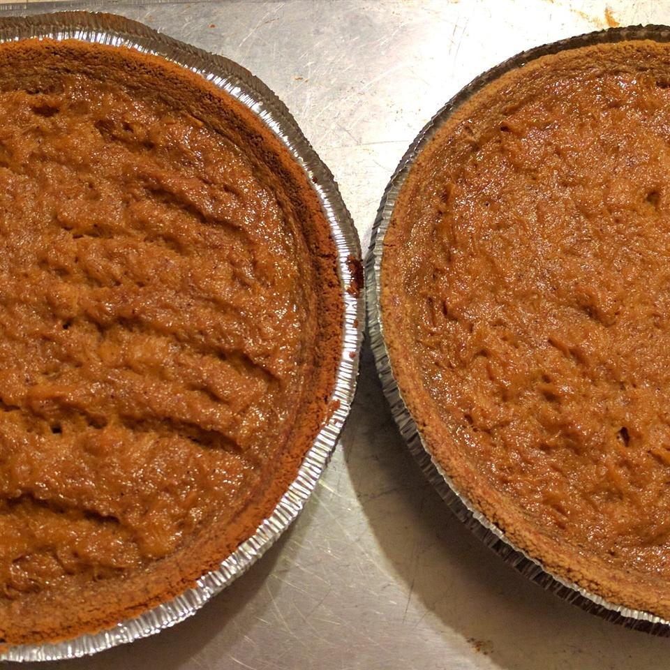 Homemade Fresh Pumpkin Pie Emily Zaruba