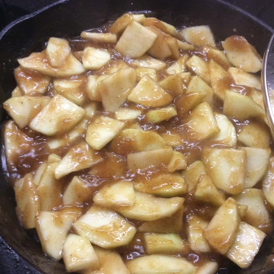 T's Maple-Vanilla Apple Pie Filling Linda Volden