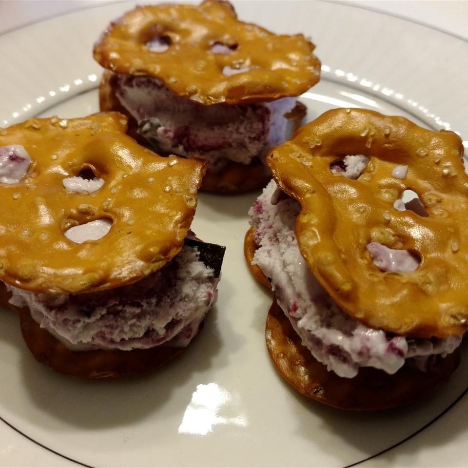 Mini Ice Cream Pretzel Sandwiches Carrie C.