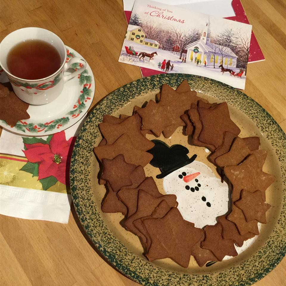Moravian Ginger Cookies I Cindy Kell