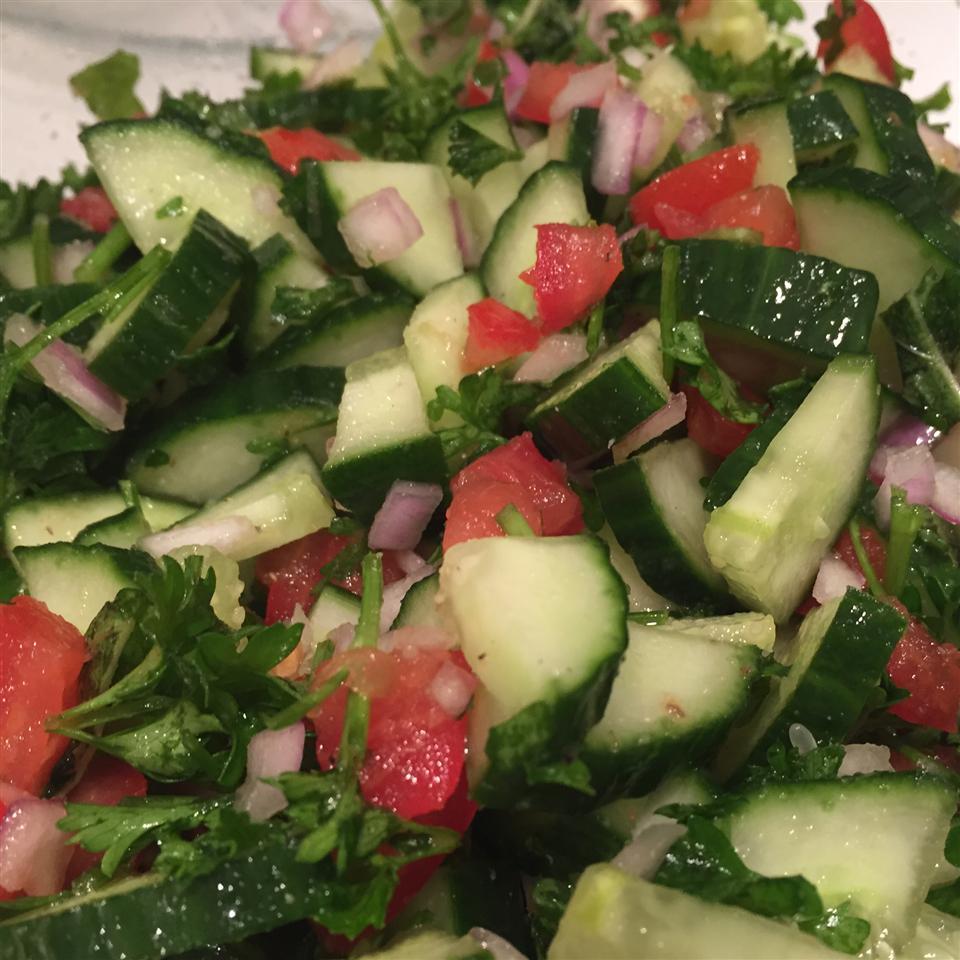 Israeli Tomato and Cucumber Salad ambedore81