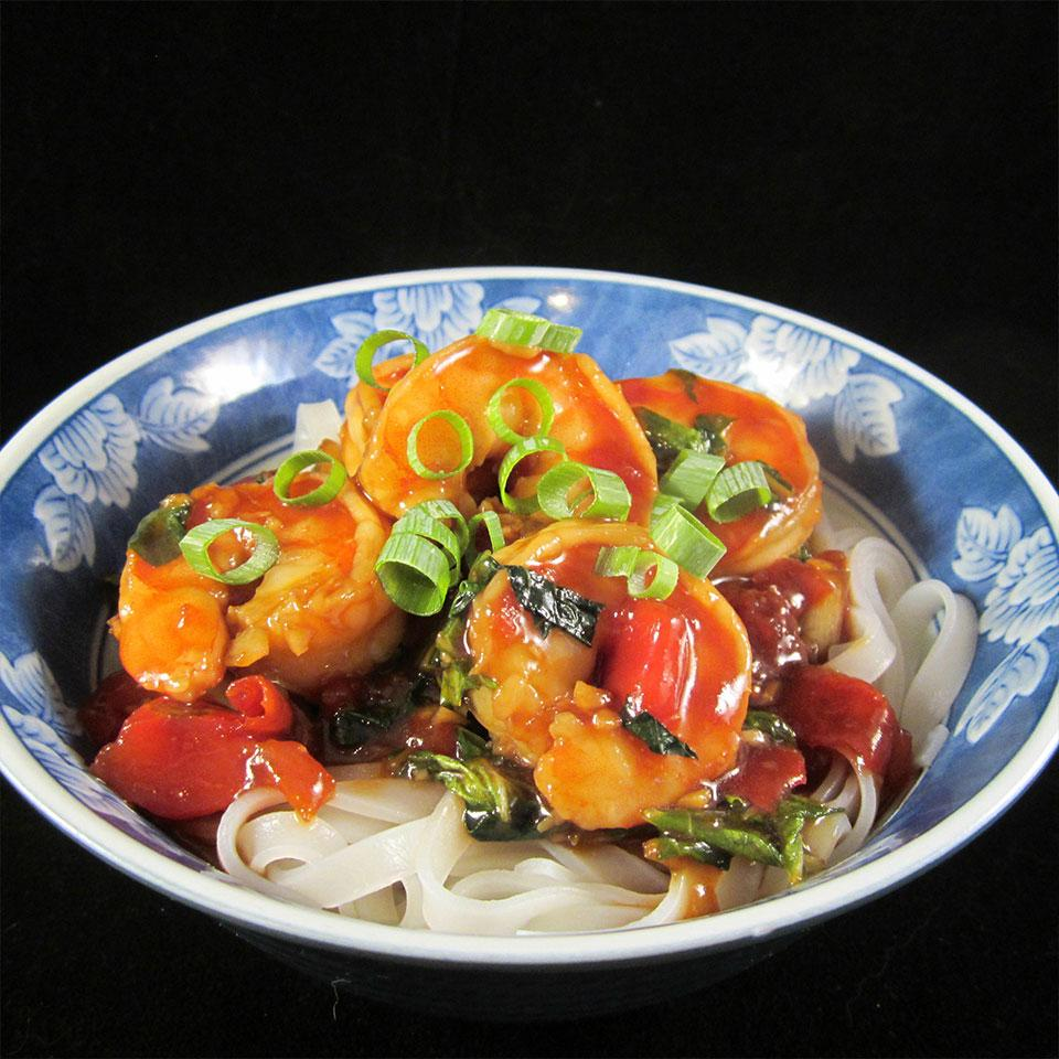 Shrimp Stir Fry with Bok Choy, Diced Tomatoes, and Rice Noodles