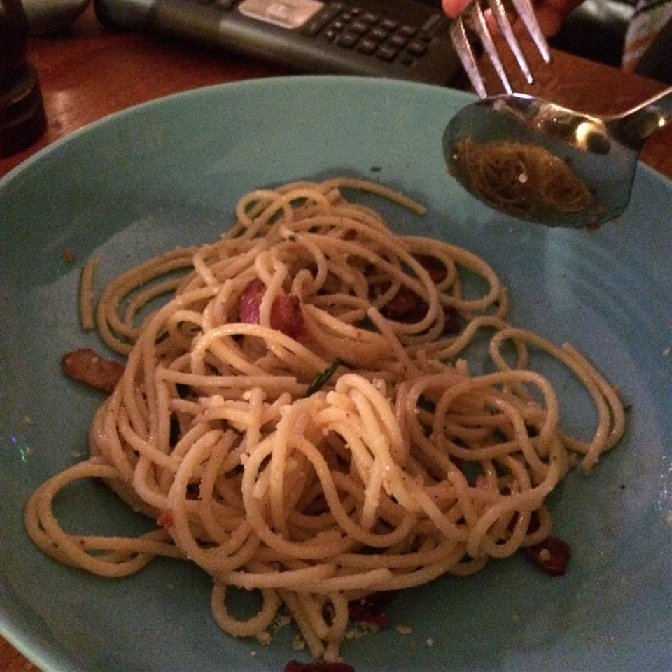 Bacon Spaghetti nessiegrrl78