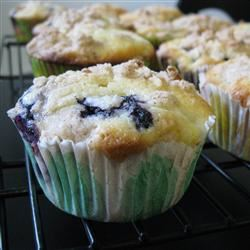 Mango Blueberry Muffins With Coconut Streusel mommyluvs2cook