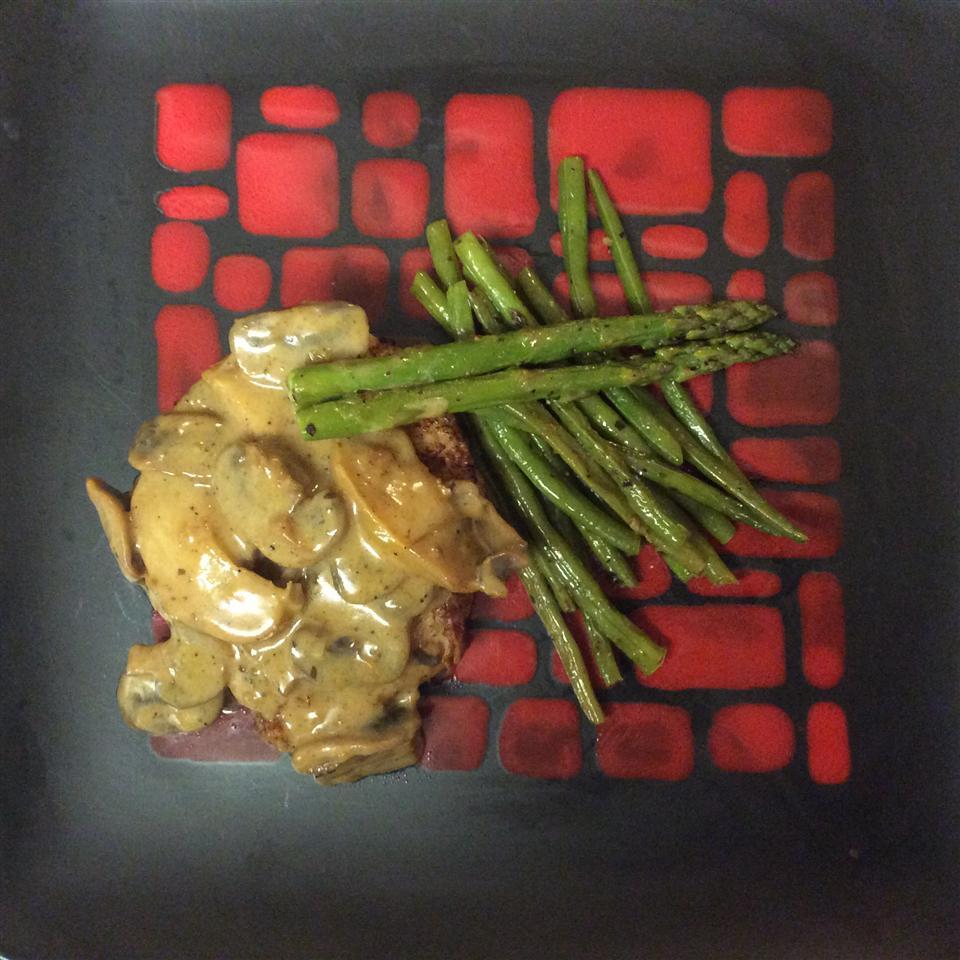 Christy's Pork Chops Normandy LADYHEN