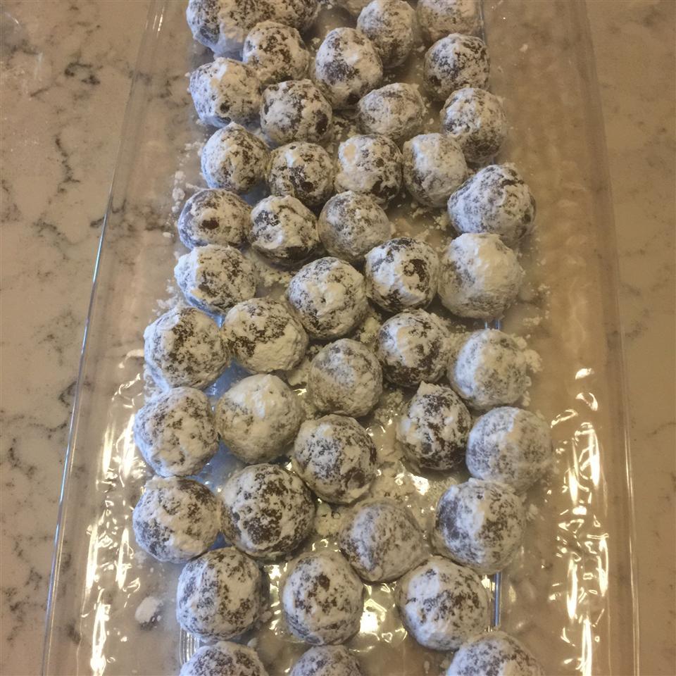 Meemaw's Bourbon Balls kathy cox
