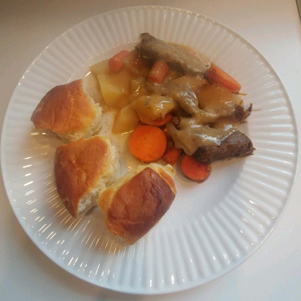 Venison Pot Roast and Gravy