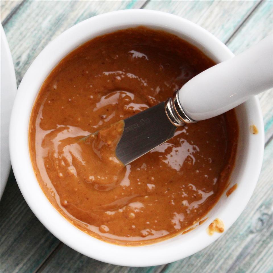 Homemade Honey Peanut Butter