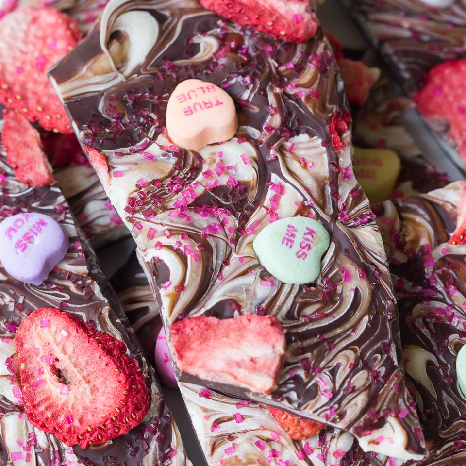 Strawberry Heart Bark Stasty Cook