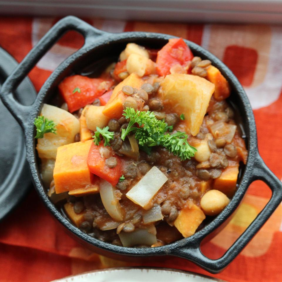 Lentil and Sweet Potato Chili Buckwheat Queen