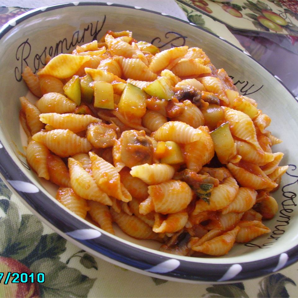 Zucchini and Shells FABA1228