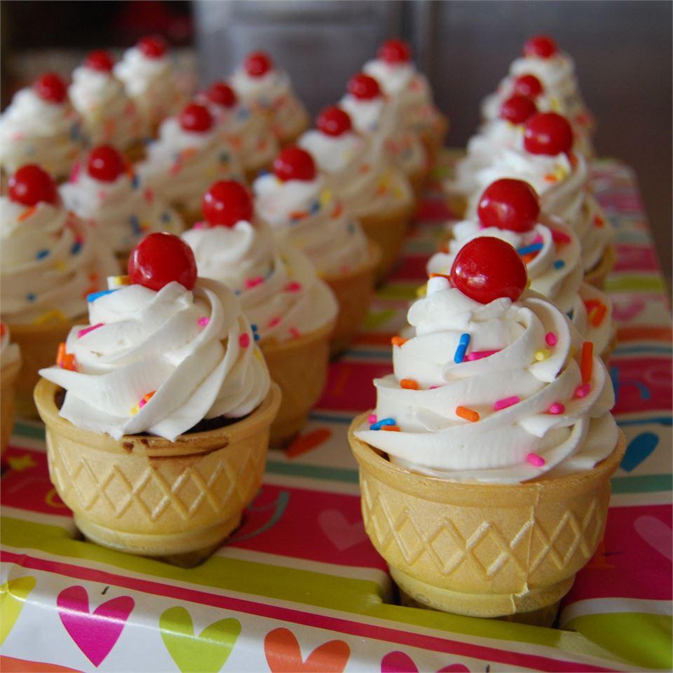 Ice Cream Cone Treats Dee Akeson