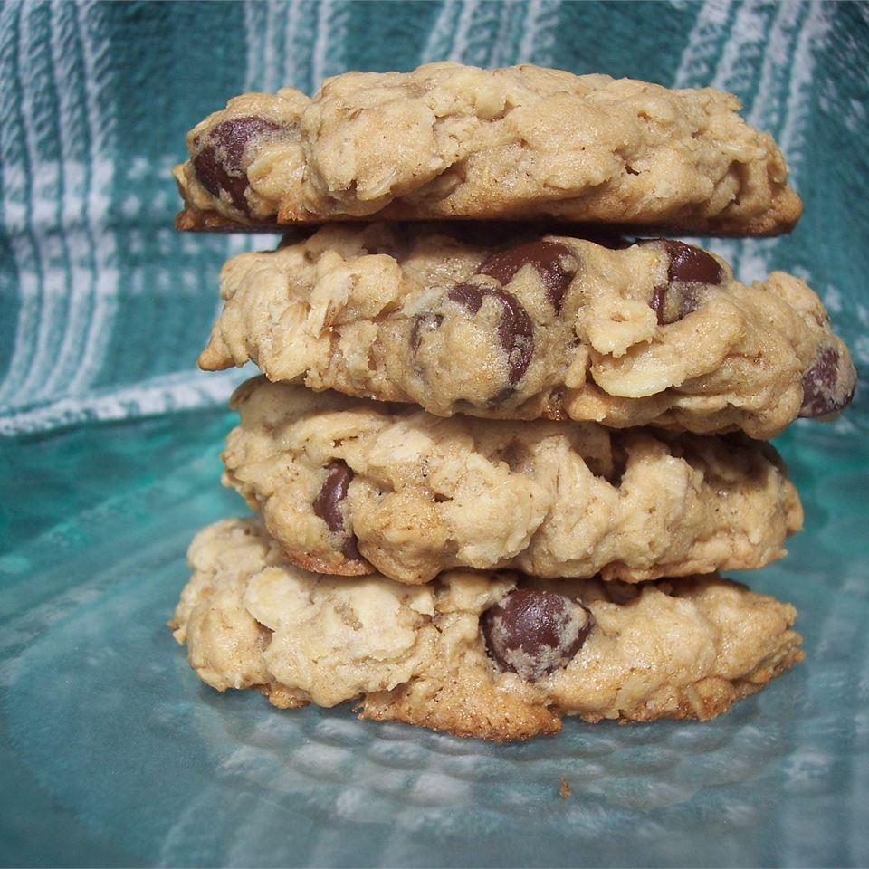 Oatmeal Chocolate Chip Cookies IV Sarah-May