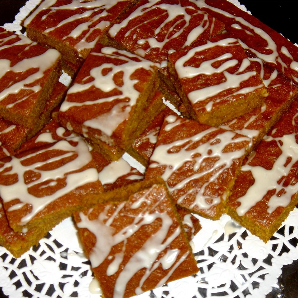 Pumpkin Bars with Maple Glaze