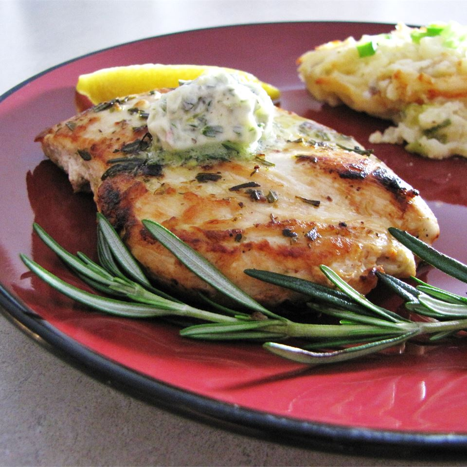 Rosemary Lemon Grilled Chicken ANGELLACHELLE